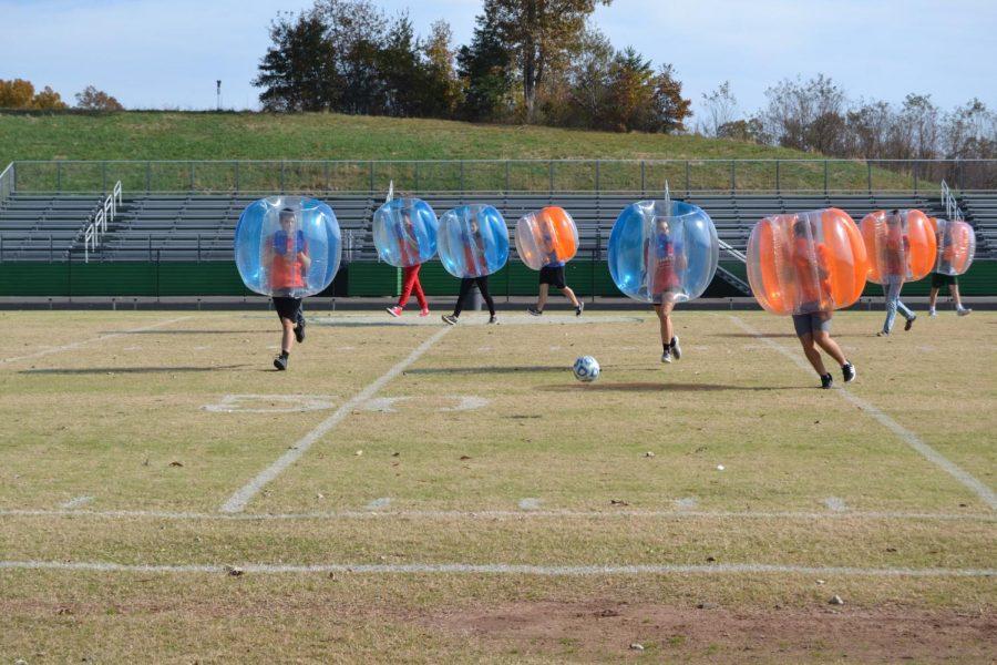 Bubble+Ball+Raises+%24500+for+Deavers+Family